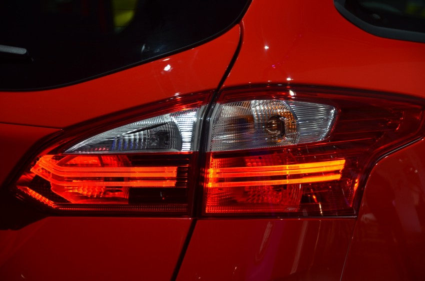 Frankfurt: Ford reveals the 2012 Focus ST and ST-R Image #69417