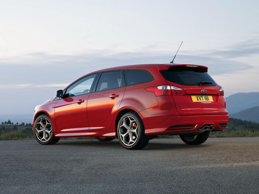 Frankfurt: Ford reveals the 2012 Focus ST and ST-R Image #68476