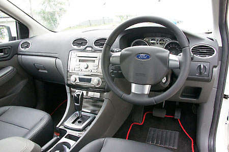 ford focus 2 0 tdci powershift short test drive