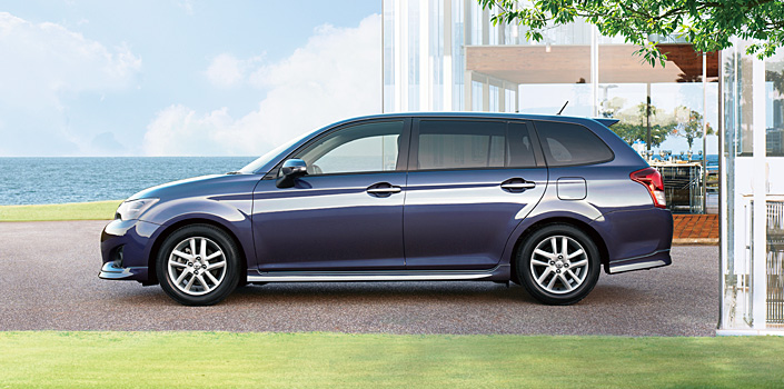 2012 Toyota Corolla Axio launched in Japan – does it preview the next generation Corolla Altis interior? Image #133810