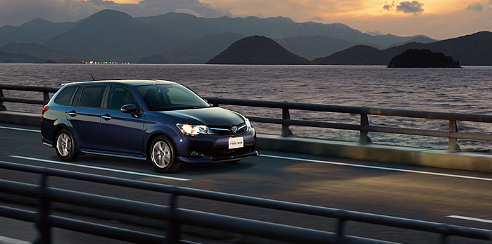 2012 Toyota Corolla Axio launched in Japan – does it preview the next generation Corolla Altis interior? Image #133805