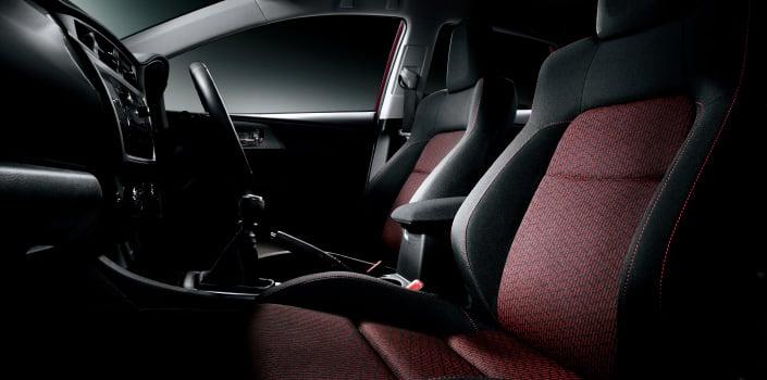 2013 Toyota Auris C-segment hatchback unveiled! Image #126154