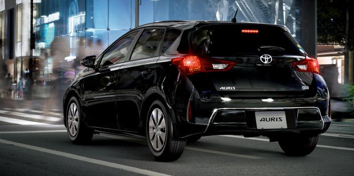2013 Toyota Auris C-segment hatchback unveiled! Image #126151
