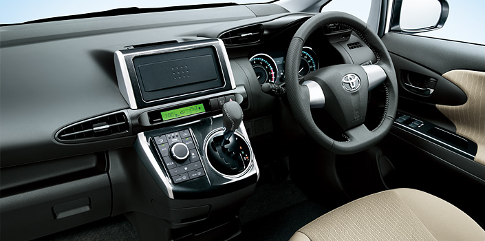 Toyota Wish facelift for 2012 on sale in Japan Image #106793