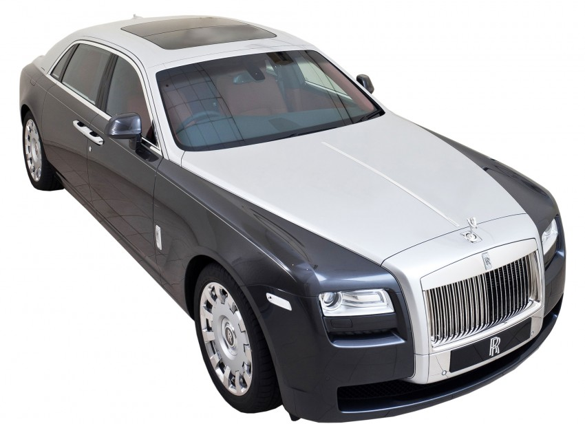 First two-tone Rolls-Royce Ghost EWB in Asia Pacific Image #112448