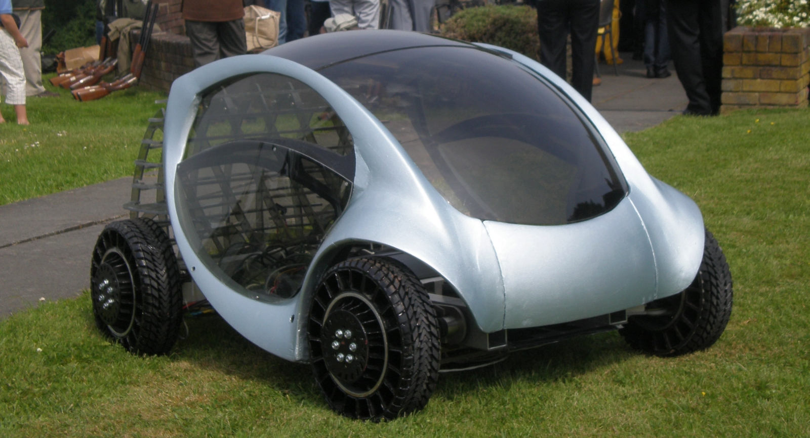 Meet Hiriko, The Foldable Two-seater Electric City Car