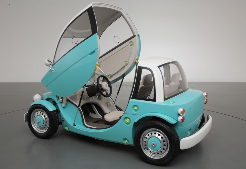 Toyota debuts concept at 2012 Tokyo Toy Show Image #112733