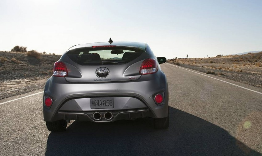 Hyundai Veloster Turbo sports it up with 201hp and 264Nm Image #83357