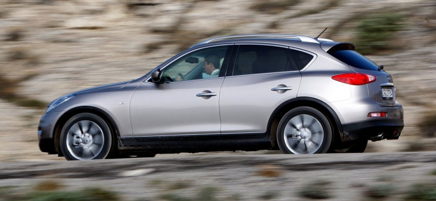 Infiniti EX25 introduced here – 2.5 V6, 218 hp, RM325k Image #113907