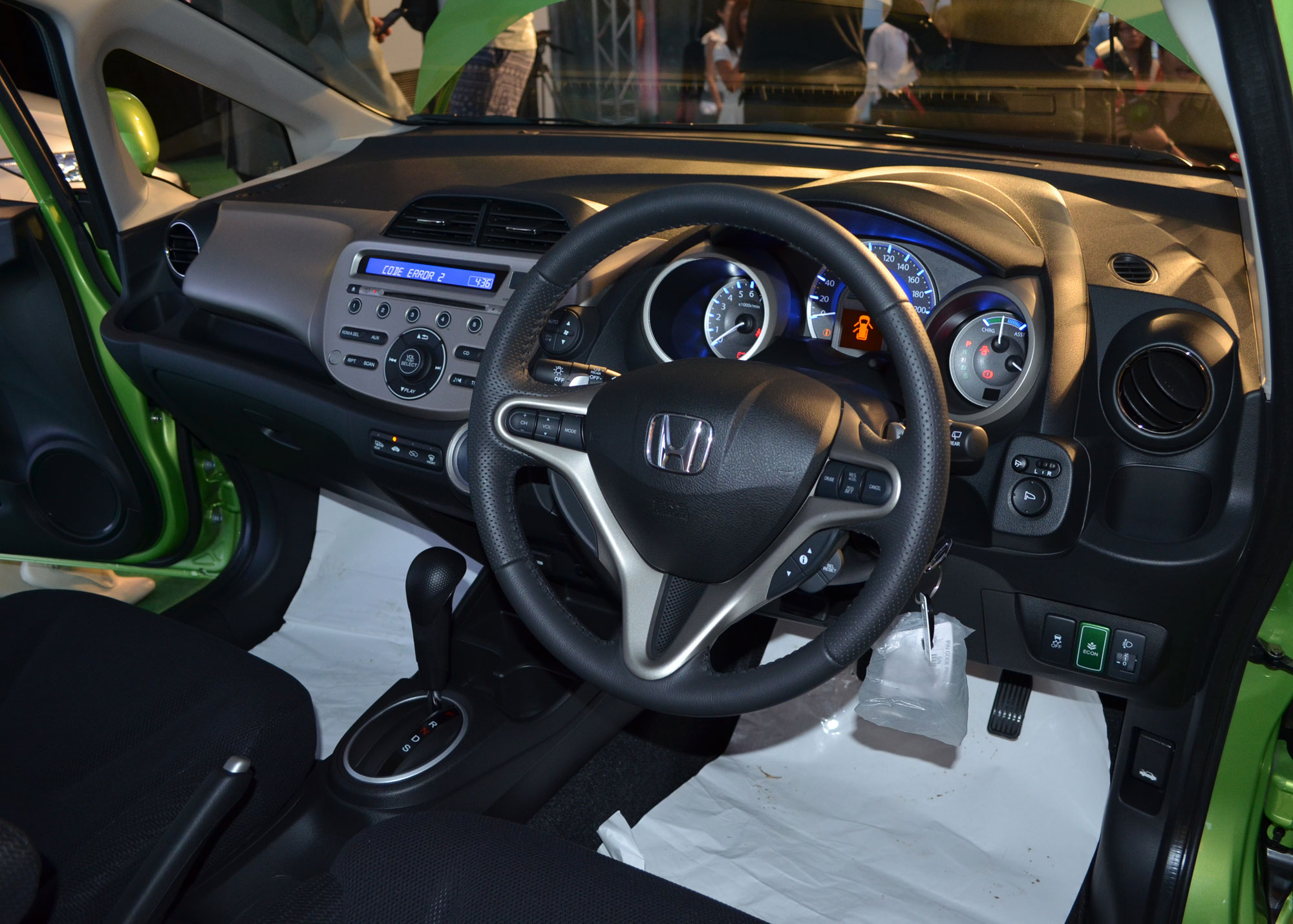 honda jazz hybrid launched insight powertrain image 93690. Black Bedroom Furniture Sets. Home Design Ideas