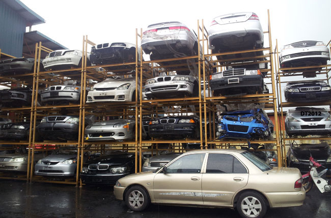 cash for clunkers scrappage scheme may increase tiv figures mai. Black Bedroom Furniture Sets. Home Design Ideas