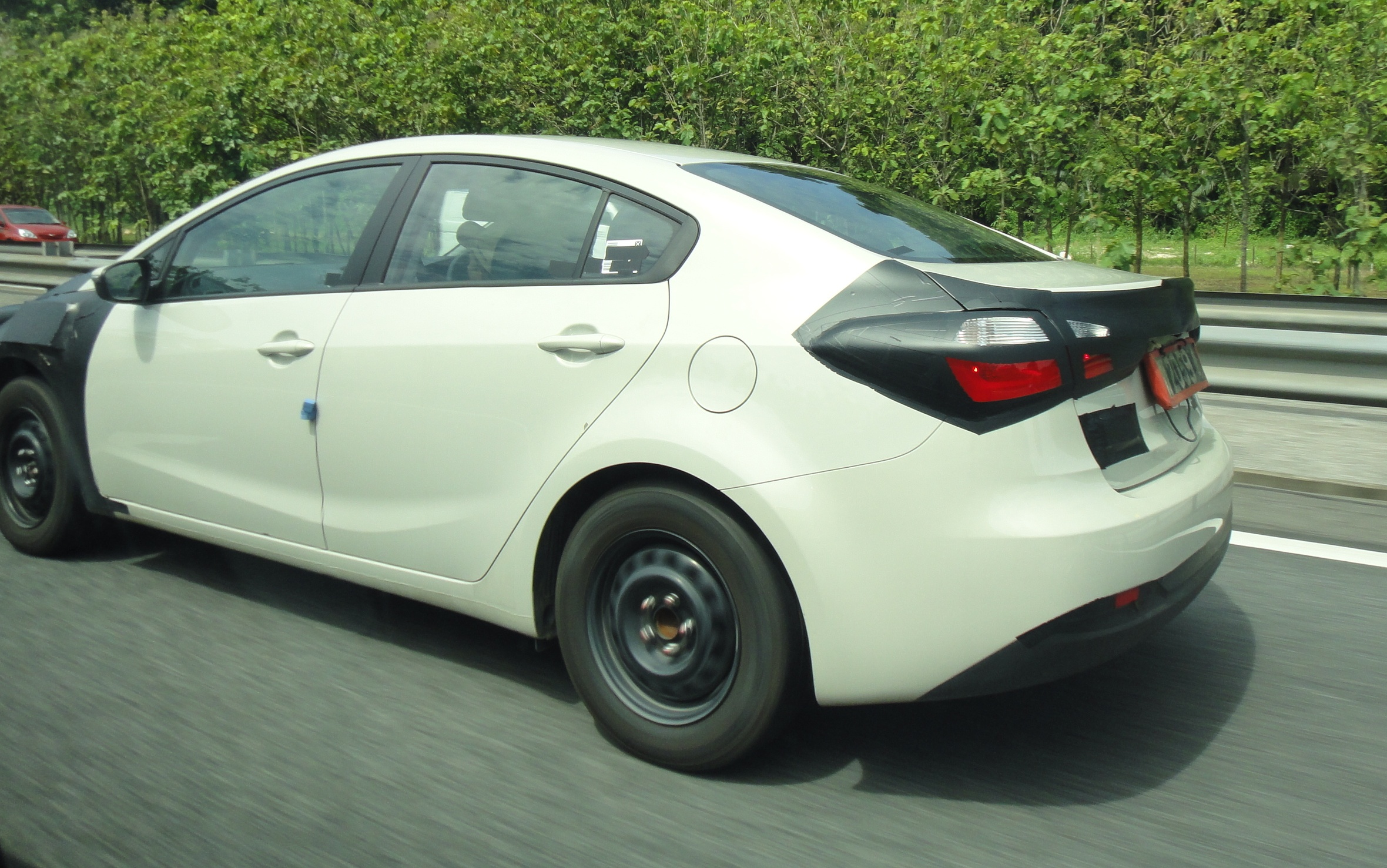 SPIED: Kia Forte K3 spotted on PLUS again Paul Tan - Image ...