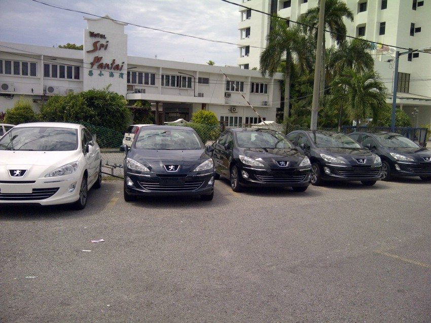 Groups of Peugeot 408s spotted – 1.6 Turbo and 2.0 NA Image #105005