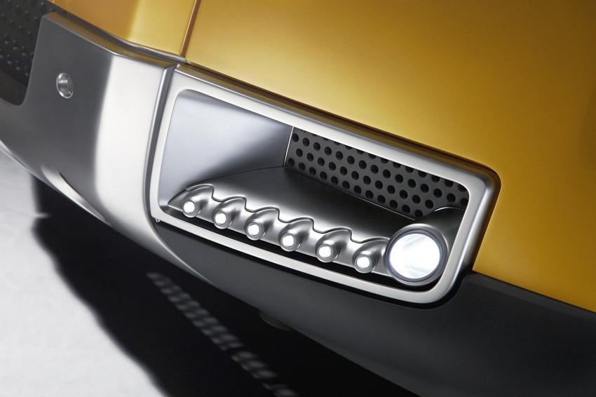 Frankfurt: Land Rover reveals the DC100 and DC100 Sport Defender concepts Image #68636