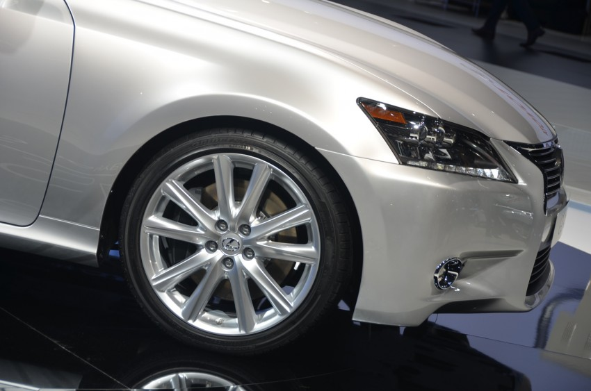Lexus GS 450h gets an early reveal ahead of Frankfurt Image #68949