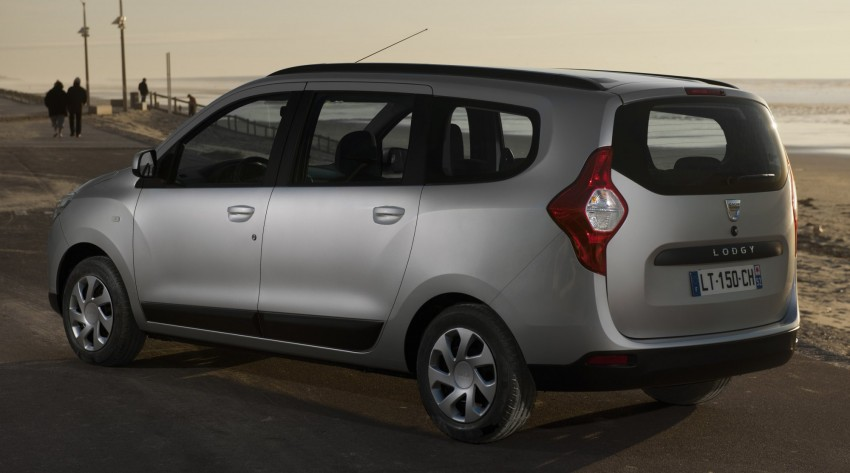 Dacia Lodgy – seven-seater touts space on the cheap Image #100770