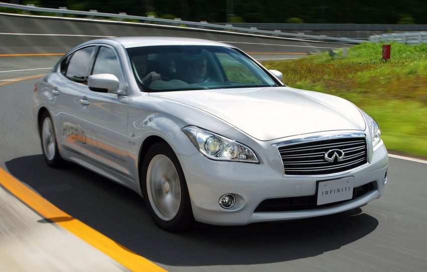 Infiniti adds hybrid M35h and entry M25 to its local lineup Image #102988