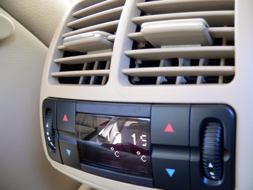W211 Mercedes-Benz E230 Avantgarde Review Image #154935