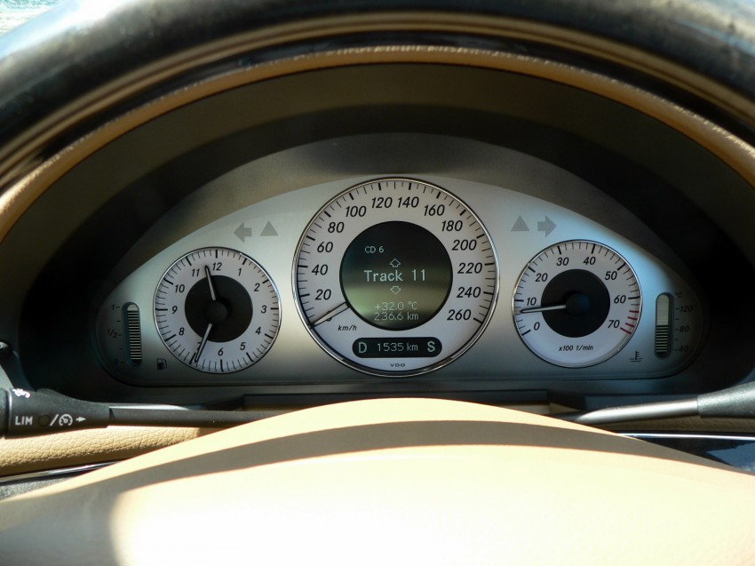 W211 Mercedes-Benz E230 Avantgarde Review Image #154945