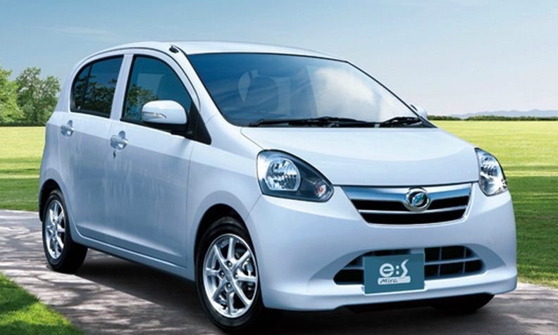 Daihatsu Mira E S Launched In Japan 30km L On This One Image 70031