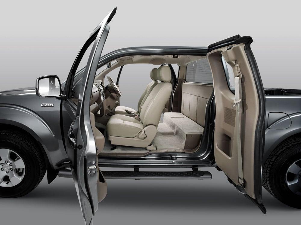 Click to enlarge & Tan Chong introduces the Nissan Navara 4X4 King Cab Pezcame.Com