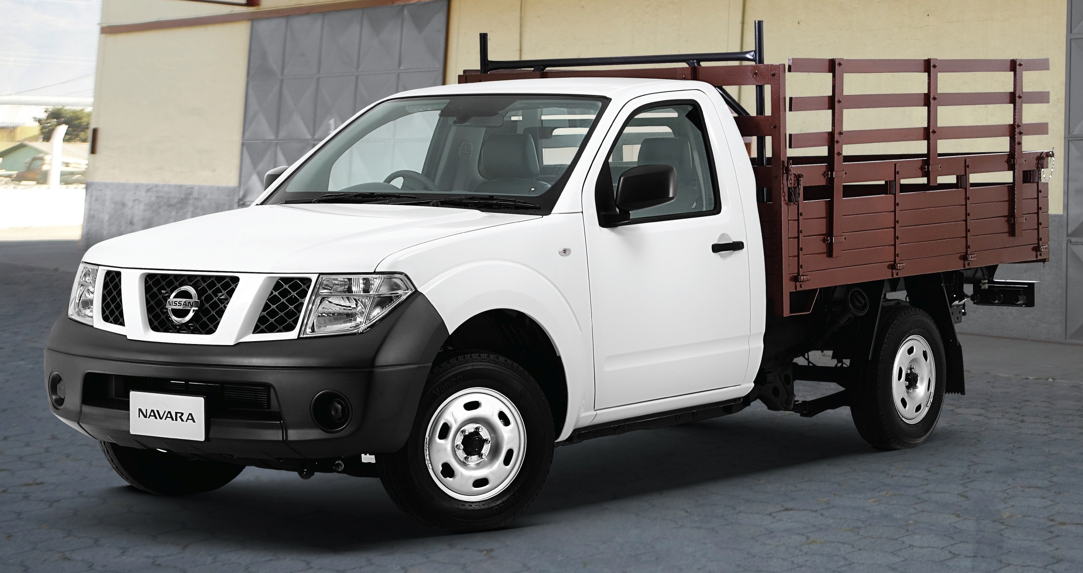 Nissan Navara Single Cab 4x2 - the workhorse arrives!