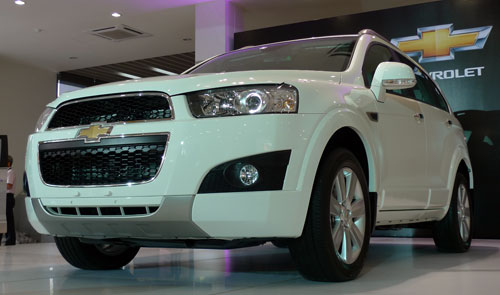 Facelifted Chevrolet Captiva Is Here 2 4 Petrol Rm155k