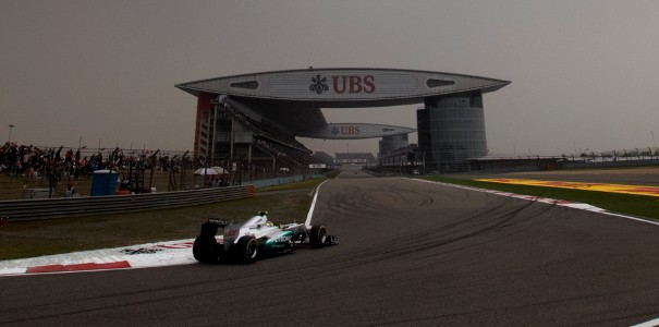 F1: Nico Rosberg wins the Chinese GP, his maiden victory and Mercedes' first triumph since 1955! Image #100828