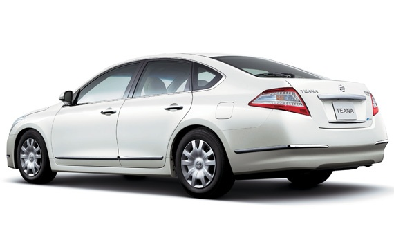 Nissan Teana facelift – small changes for Japan Image #121388