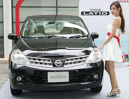 nissan-tiida-facelift-thai