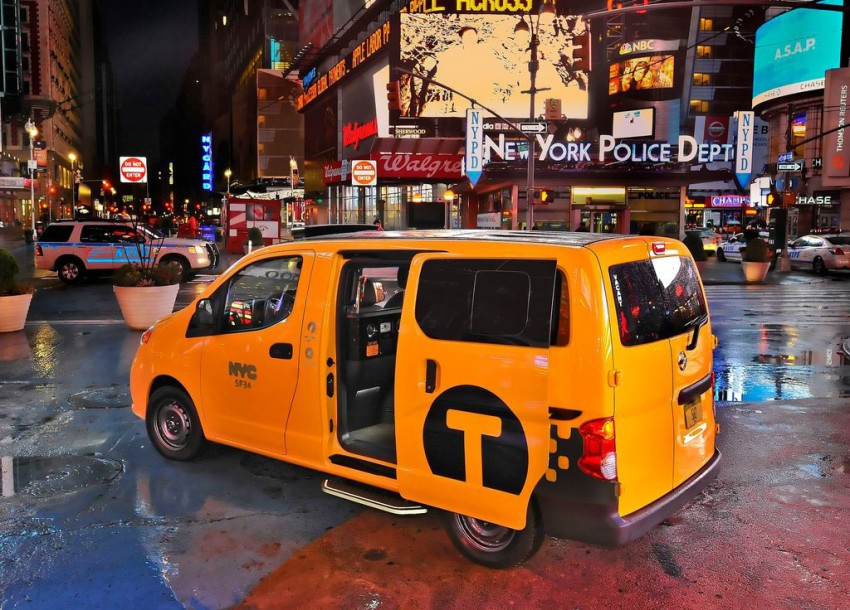 Nissan NV200 Taxi – New York City's Taxi of Tomorrow Image #100595