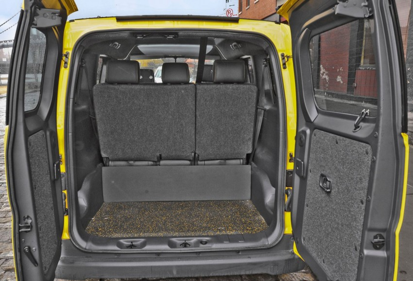 Nissan NV200 Taxi – New York City's Taxi of Tomorrow Image #100598