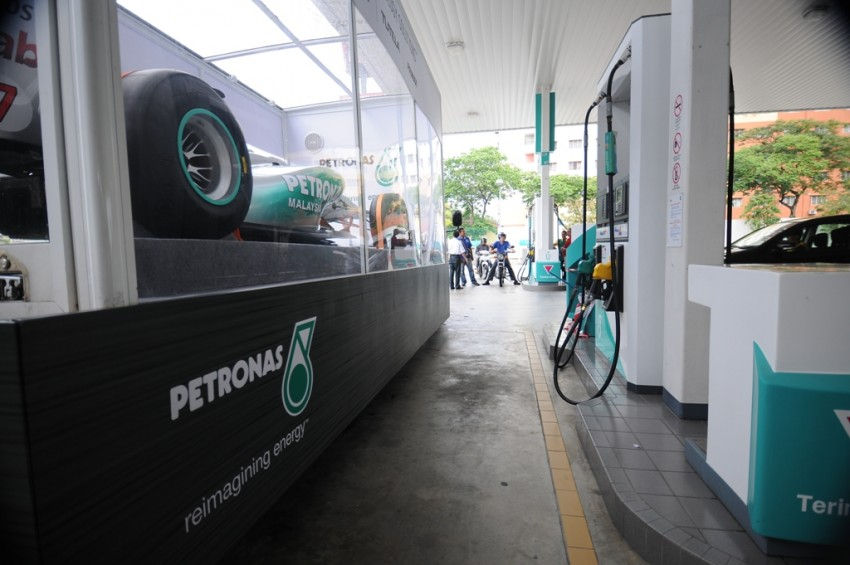 Petronas roving F1 car kicks off Malaysian GP activity Image #86665