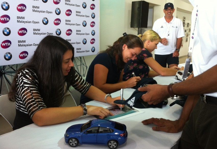 Get up close with tennis stars at Auto Bavaria Sg. Besi this Sunday! Image #89592