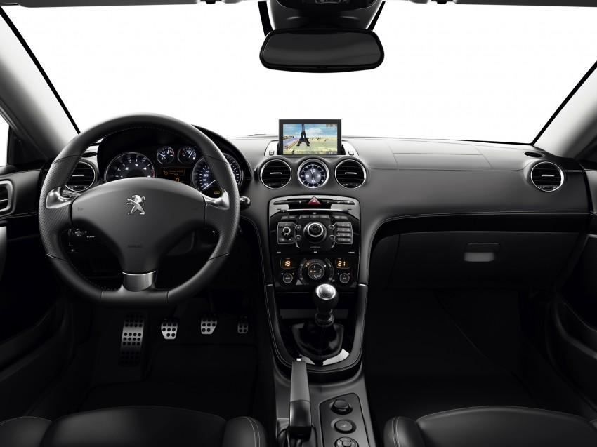 Peugeot RCZ facelift: first photos, attending Paris Image #130773