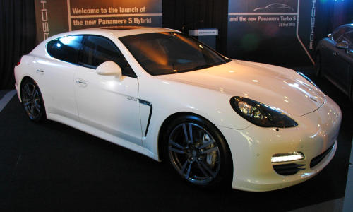 V8 Biturbo Mill Delivering 550 Hp Which Is 50 More Than That Offered By The Panamera Turbo Mated To A Seven Sd Pdk Gearbox