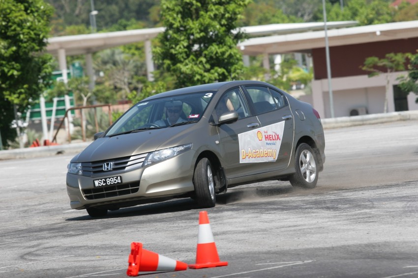 Shell Helix D-Academy: 42 participants walked away as better drivers! Image #88688