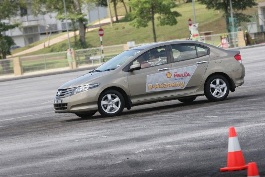 Shell Helix D-Academy: 42 participants walked away as better drivers! Image #88701