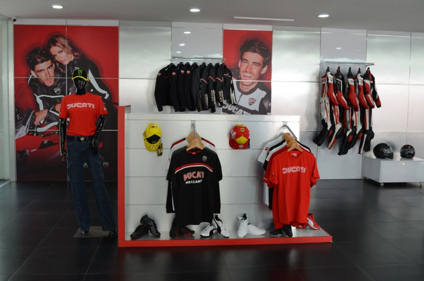 showroom-08