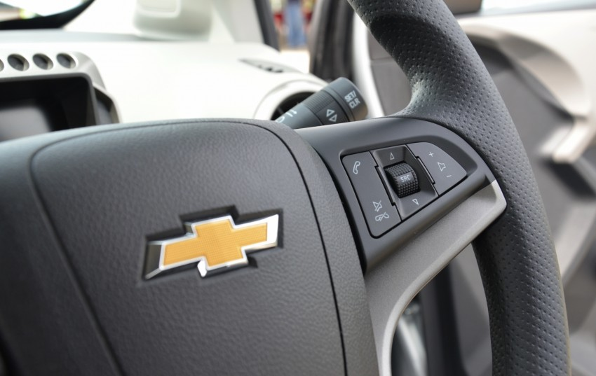 DRIVEN: Chevrolet Sonic LTZ sedan and hatchback previewed – Orlando MPV also given a short spin Image #140255
