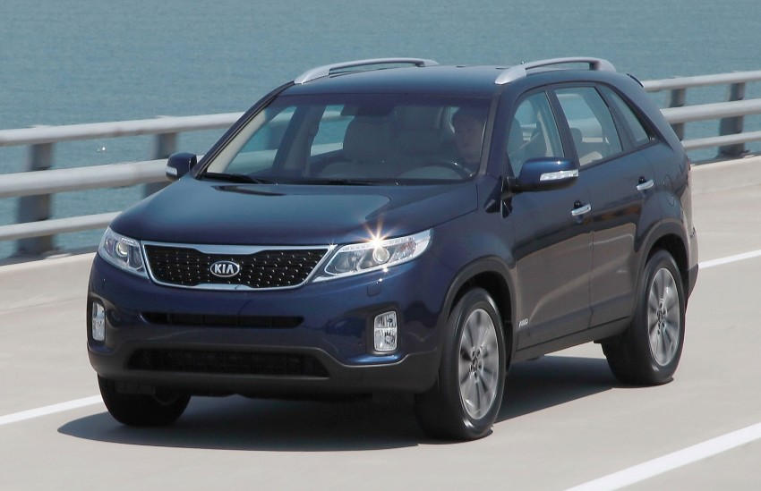 Facelifted Kia Sorento comes with 'completely new platform' – refreshed cabin seen for the first time Image #125625