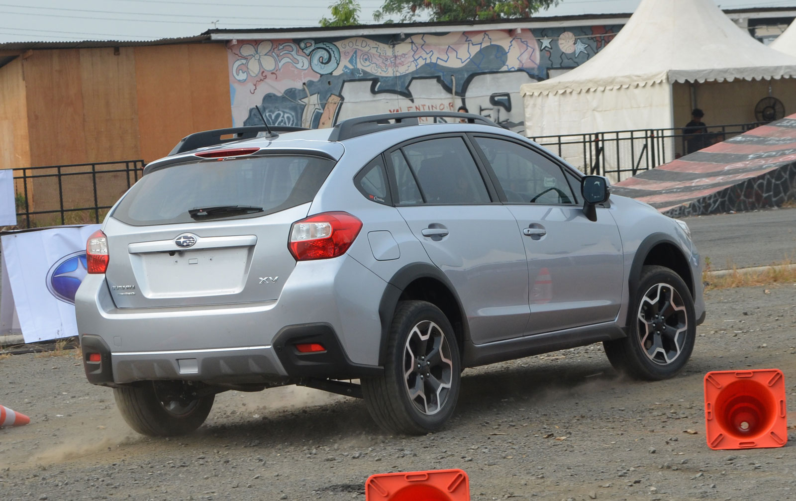 subaru xv rear