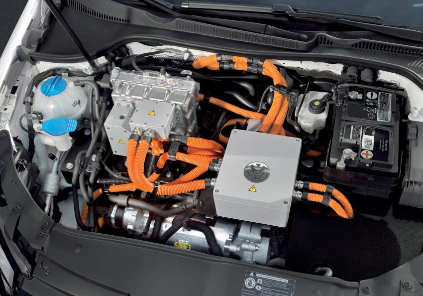 Electric Volkswagen Golf Blue-E-Motion prototype – a preview test drive in Wolfsburg, Germany Image #127801