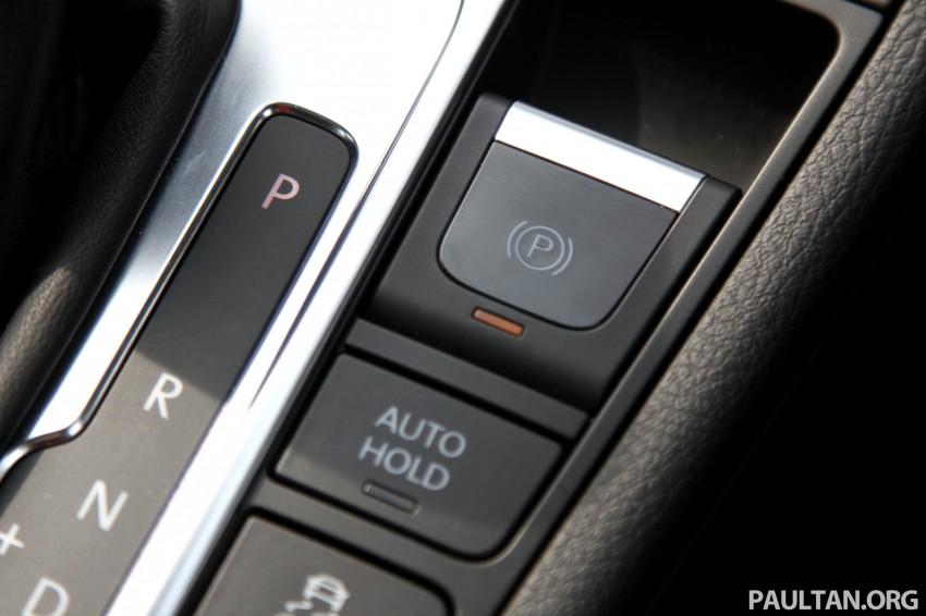 Volkswagen Passat CC R-Line 3.6L Test Drive Review Image #128141