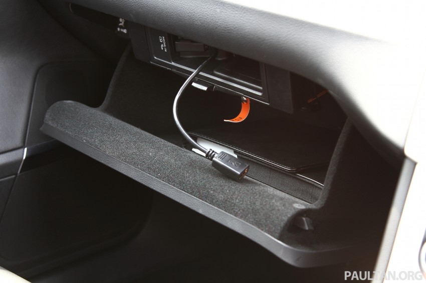 Volkswagen Passat CC R-Line 3.6L Test Drive Review Image #128144