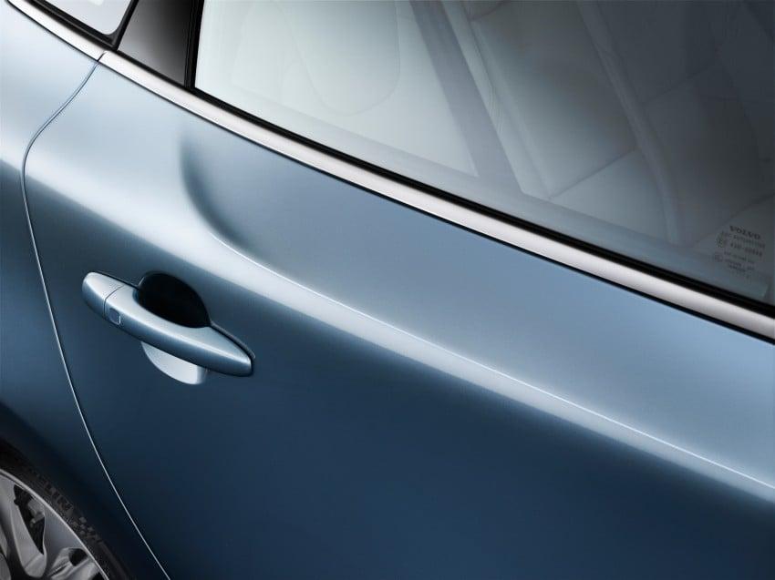 Volvo V40 premieres in Geneva, all loaded up Image #91972