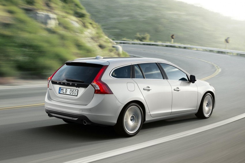 Volvo V60 launched – RM230k for T4, RM269k for T5, CKD Image #83747
