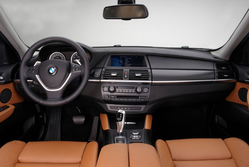 Facelifted BMW X6 xDrive35i rolls in – RM698,800 Image #116942