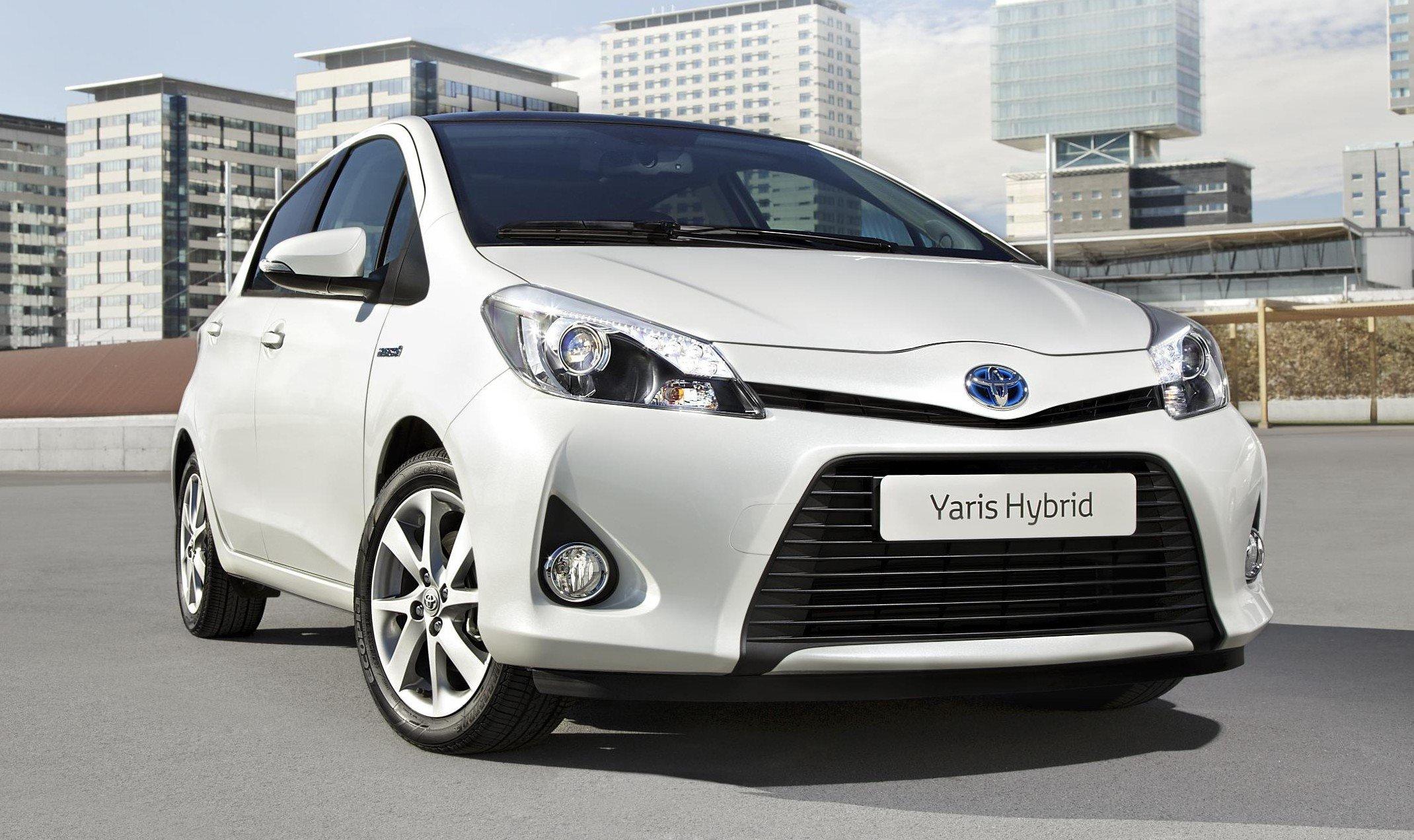 Kekurangan Harga Toyota Yaris 2004 Perbandingan Harga