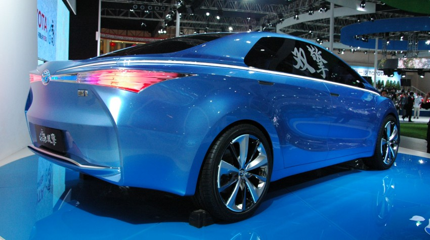 Toyota Yundong Shuangqing Hybrid and Dear Qin sedan and hatch concepts make their mark in Beijing Image #103050